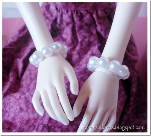A Doll's Birthday, Or it Was: Doll Sized Jewelry: Pearl Bracelets