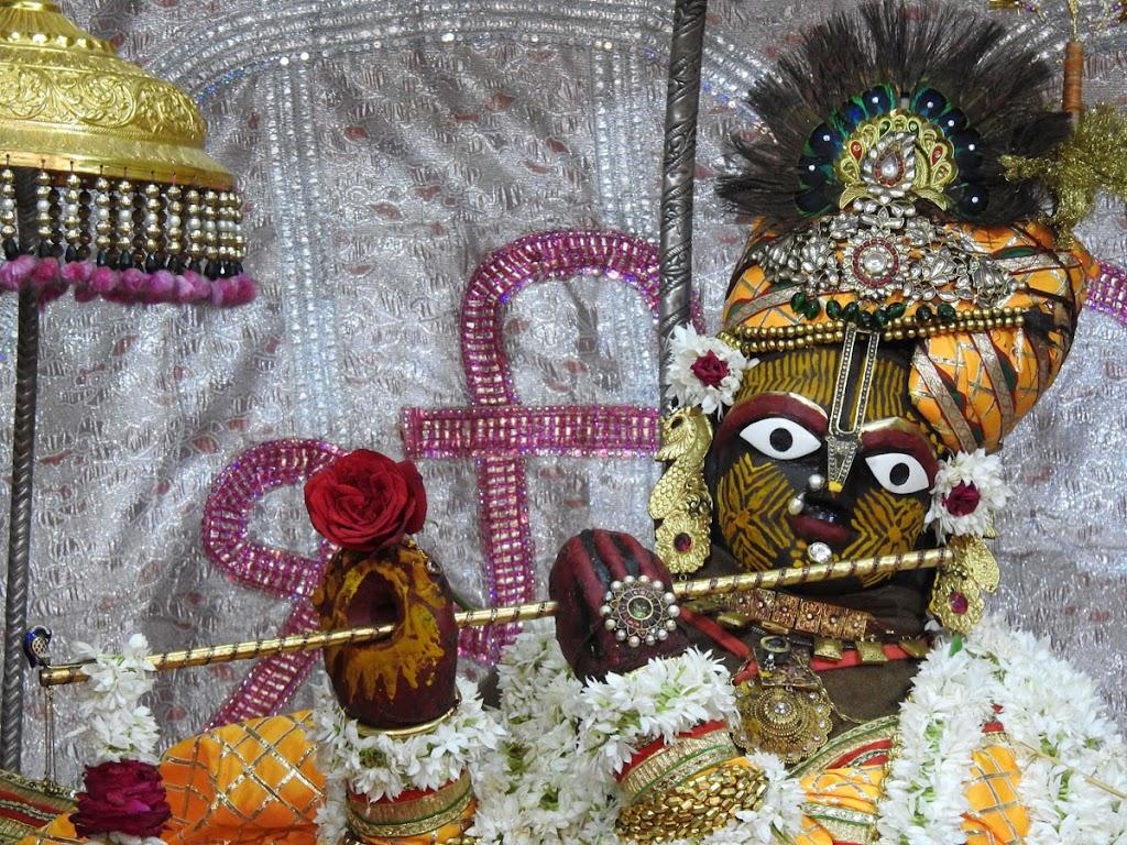Radha Govind Devji Deity Darshan 05 Jan 2017 (3)