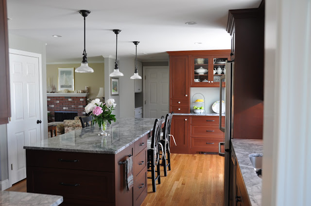 Please help is 3x8 9 ft island too skinny for 7 foot kitchen island