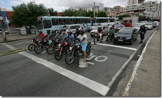area-para-motos-antes -da-faixa