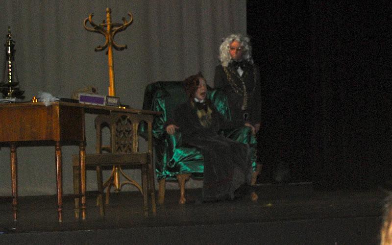 2009 Scrooge  12/12/09 - DSC_3375.jpg