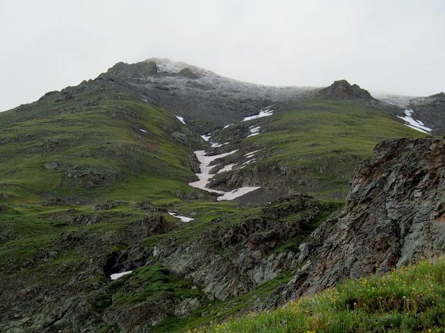 Fresh dusting of snow on Handies Peak