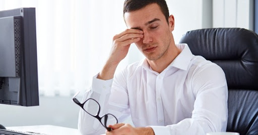 Cara Mengatasi Mata Lelah dan Berair