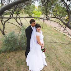 Wedding photographer Elena Mostovykh (Abrikatin). Photo of 01.10.2015