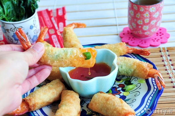 Firecracker Shrimps 黃金炸蝦卷 – For Chinese New Year 賀年食品 http://uTry.it