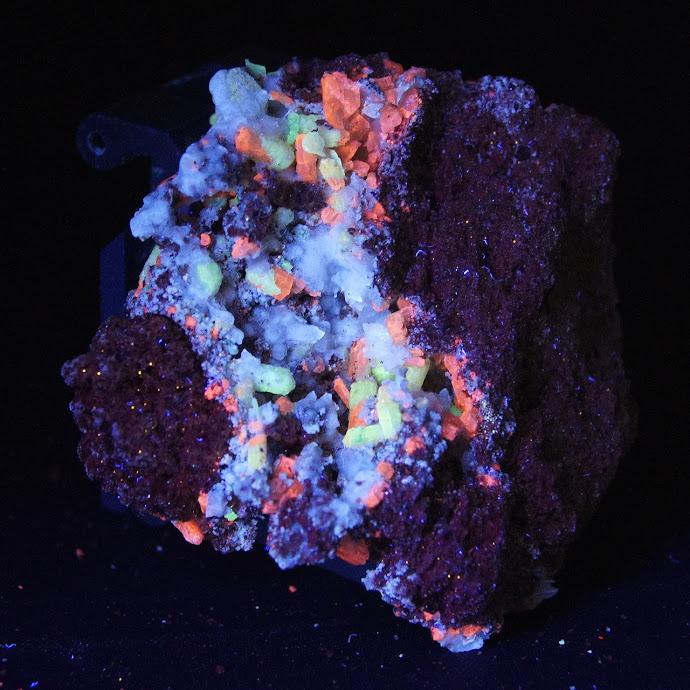 Colección de Minerales Fluorescentes _DSC5122