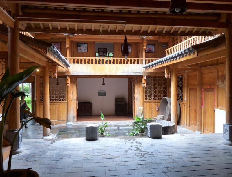 CHINE.YUNNAN.KUN MING Village des minorités 2 - P1270614.JPG