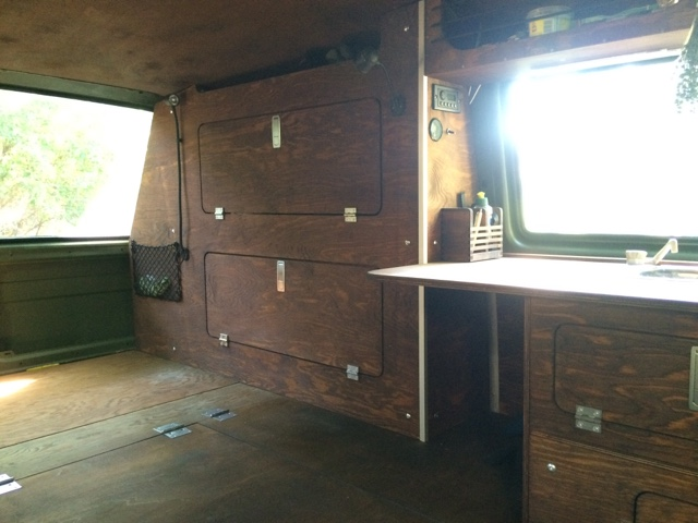 vw t3 syncro innenausbau. Black Bedroom Furniture Sets. Home Design Ideas
