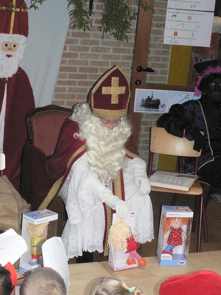 Sinterklaas op bezoek - P1270334.JPG