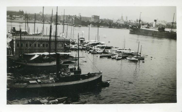 Remolcador CATALUÑA en estado de origen. Ca. 1928.tif
