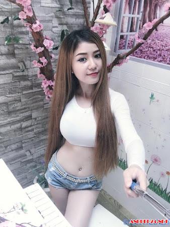 Người đẹp Ngọc Nguyên