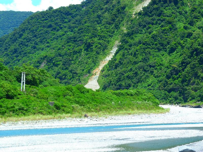 Hualien County. Tongmen village, Mu Gua ci river, proche de Liyu lake J 4 - P1240261.JPG