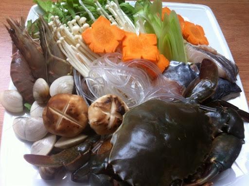 lẩu hải sản thập cẩm sơ chế rau