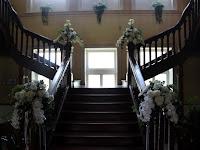 16 A kastély rekonstruált lépcsőháza.JPG