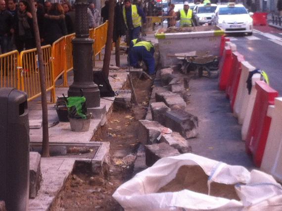 Se amplía la sección de la calzada en la calle Mayor