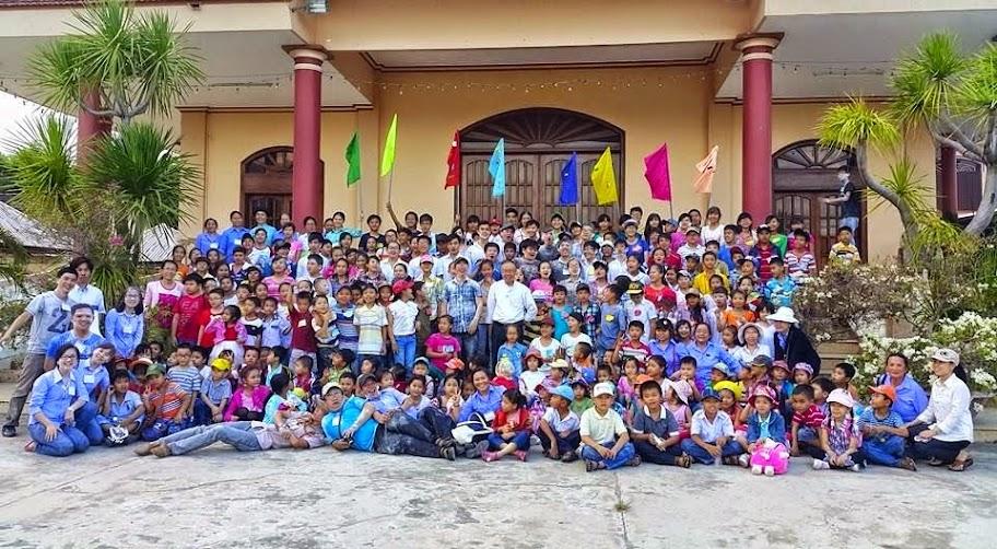 Trại hè Giáo lý Giáo xứ Bình Cang 2014-2015: Lửa Tin Yê