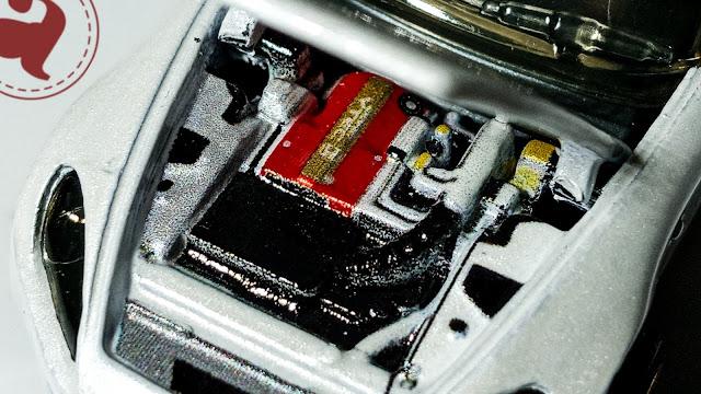 Detail Mesin Diecast Matchbox Moving Parts - 2004 Honda S2000