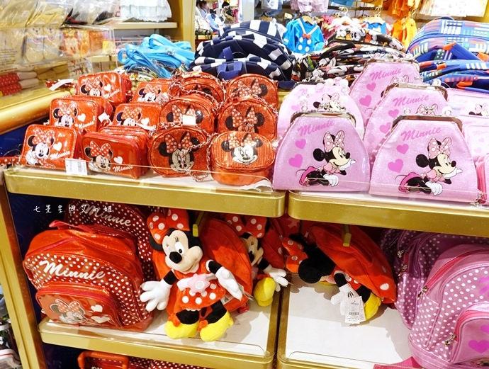39 香港機場 迪士尼奇妙店 買達菲熊免進迪士尼樂園