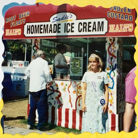 Sadie's Homemade Ice Cream stand at the Minnesota State Fair