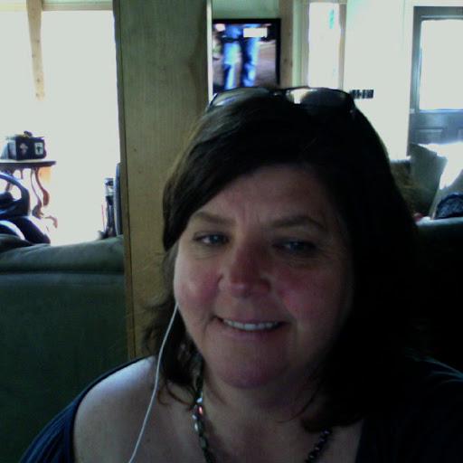 Lesley Peterson Photo 16