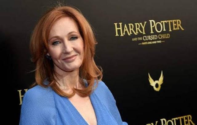 """O autor de Kingkiller, Patrick Rothfuss, não acha que JK Rowling é uma """"contadora de histórias ética"""""""