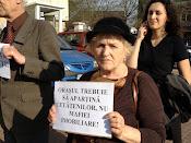 Oraşul trebuie să aparţină cetăţenilor, nu mafiei imobiliare! - Protest împotriva distrugerii spaţiilor verzi din municipiul Suceava