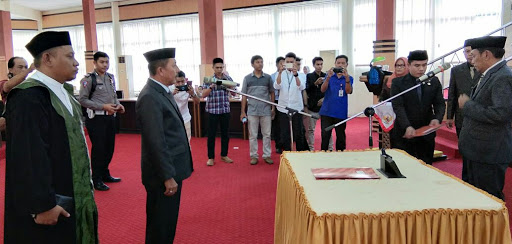 Muh Roslan Dg Pasolong Sah Jadi Anggota DPRD Bone, Puluhan Kursi DPRD Bone Kosong