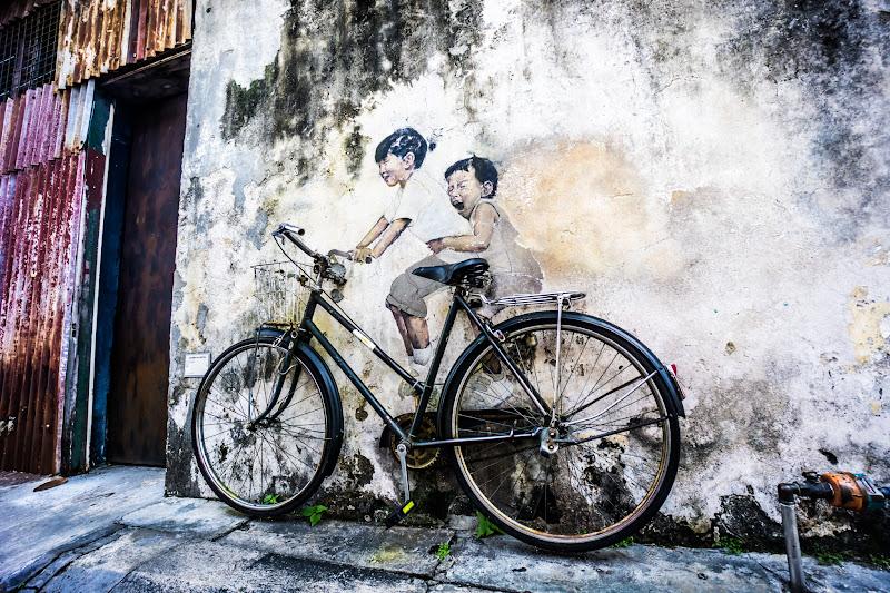 ペナン ジョージタウン ストリートアート Kids on Bicycle2