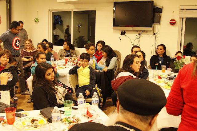 Servants Christmas Gift Exchange - _MG_0853.JPG