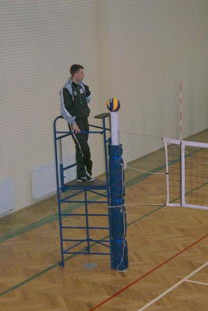 Zawody siatkarskie dziewczat 1 marca 2011 - DSC09307_1.JPG
