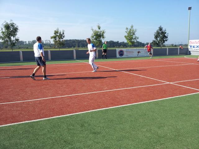 ČSFA - rodinný turnaj 2011 (záver) - 2011-09-24%2B09.54.32.jpg