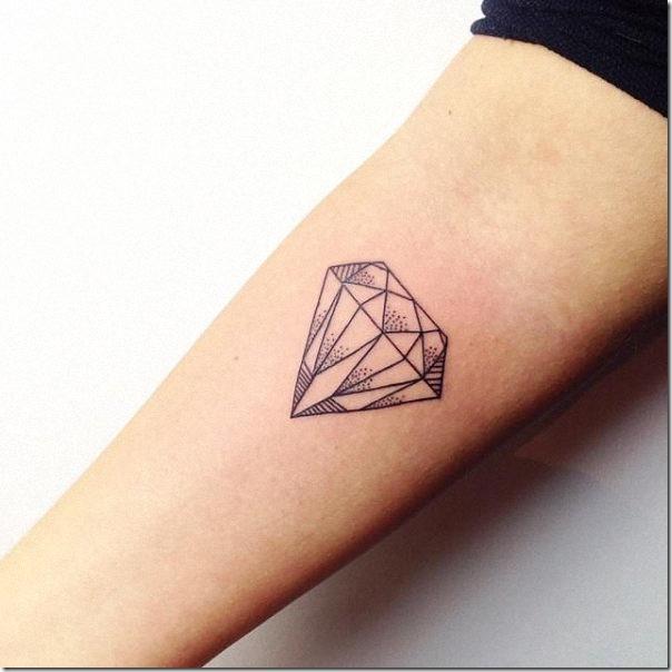 tatuaje_de_diamante_con_contorno