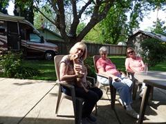 Patti (sis), Marcia, Donna