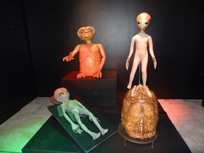 2018.01.07-012 ET, Rencontres du 3ème type, Roswell, oeuf d'alien