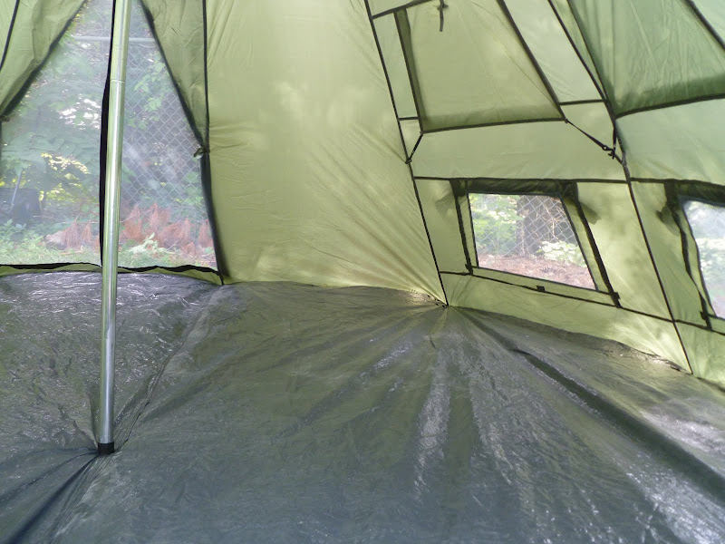 The inspector also approved of this teepee/tent ... & Guide Gear 10x10u0027 Teepee/Tent | Bushcraft USA Forums