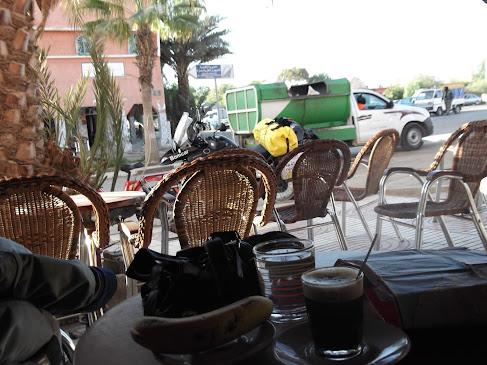 Marrocos e Mauritãnia a Queimar Pneu e Gasolina - Página 9 DSCF1028