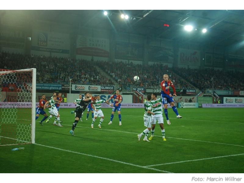 Piast  vs Lechia 2015_09_08.jpg