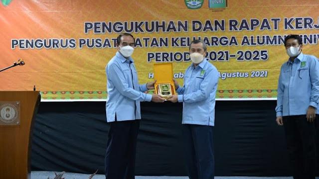 Gubernur Riau Sebut IKA UNRI Sangat Potensial Dukung Renstra Percepatan Pembangunan