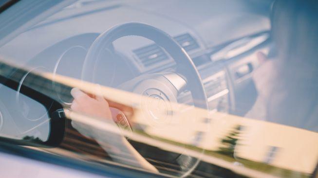 Gadaikan Mobil Orang, Warga Patuk Ditangkap Saat Bersembunyi di Kamar Mandi Bersama Istri
