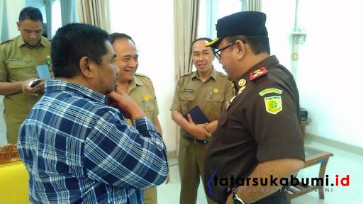 Kepala Kejaksaan Negeri  Kabupaten Sukabumi Alex Sumarna/ Foto : Rapik Utama (21/1/2019)