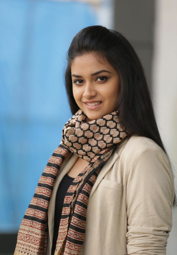 Keerthi suresh hot Photo Gallery collection