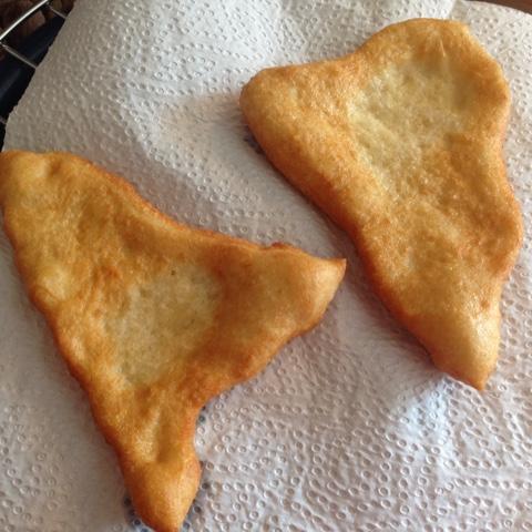 Frisch aus der Fritteuse - Langos