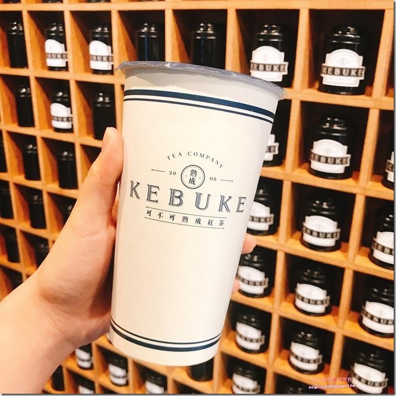可不可熟成紅茶淡水店-新北淡水-IG人氣手搖飲料,推熟成紅茶和白玉歐蕾
