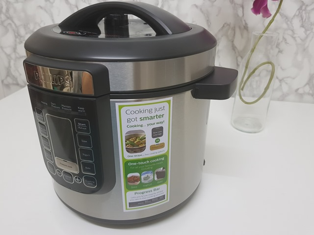 Philips All-in-One Pressure Cooker HD 2137