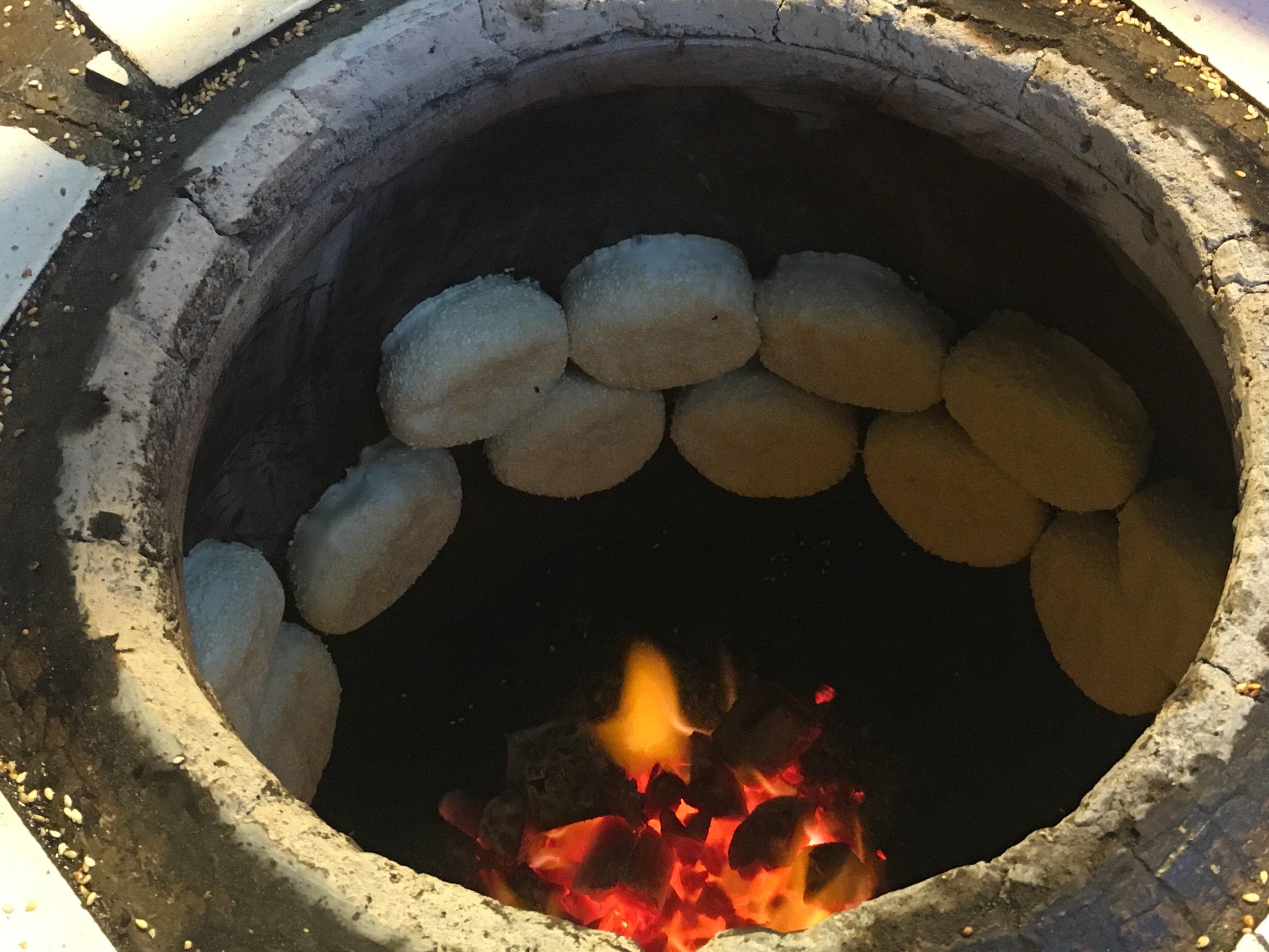 baking pepper buns hu jiao bing