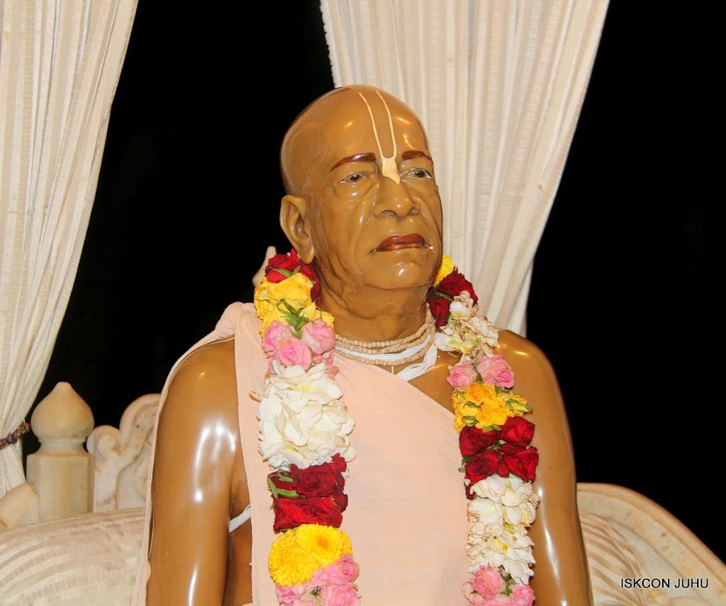 ISKCON Juhu Mangal Deity Darshan on 30th June 2016 (15)