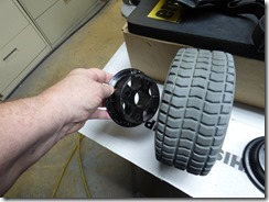 How the hubs go on Hoveround Tire