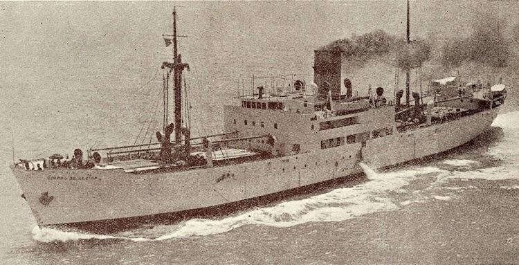 1- El CIUDAD DE ALCIRA a toda máquina. Del libro Unión Naval de Levante. 1924-1949.jpg