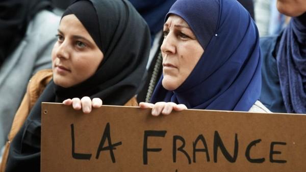 Prancis Akan Sasar Puluhan Masjid yang Dicurigai Suburkan Ekstremisme