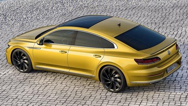 Volkswagen-Arteon-rear